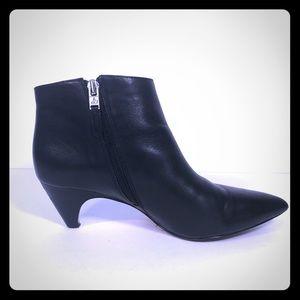 Sam Edelman Kinzey Black Ankle Boots
